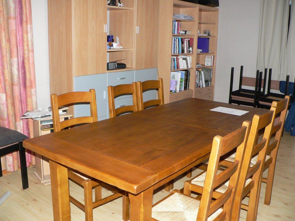 table-salon.jpg