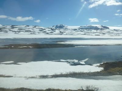 neige et lac